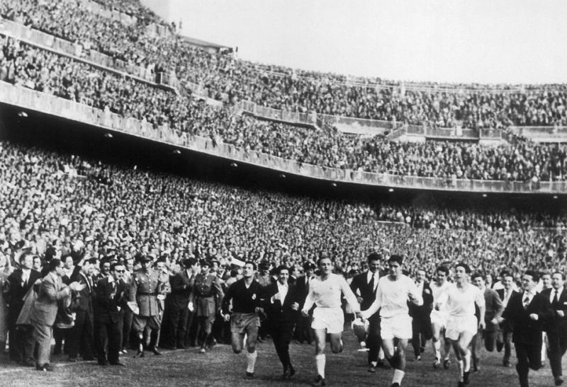 Реал Мадрид (Испания) - Фиорентина (Италия) 2:0. Нажмите, чтобы посмотреть истинный размер рисунка