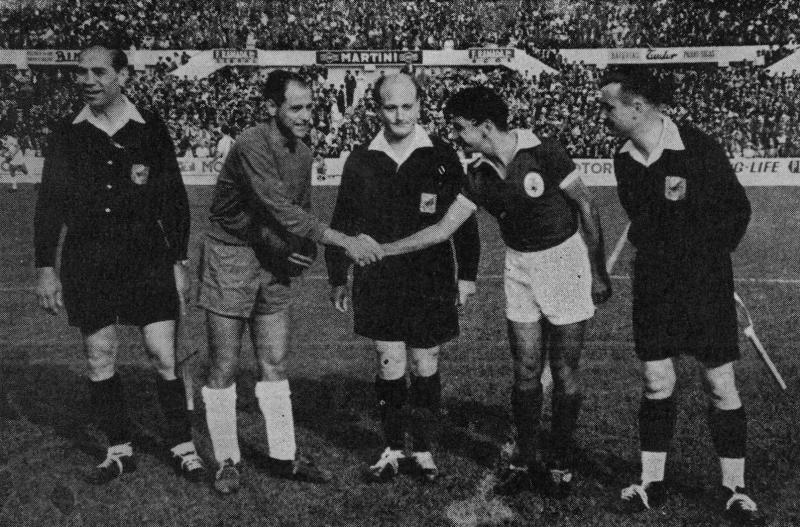 Бенфика (Португалия) - Севилья (Испания) 0:0. Нажмите, чтобы посмотреть истинный размер рисунка