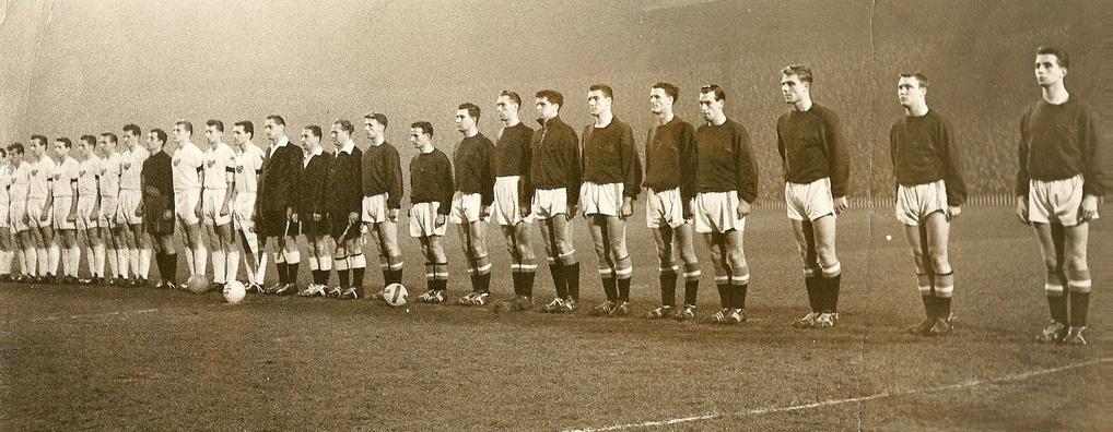Манчестер Юнайтед (Англия) - Дукла Прага (Чехословакия) 3:0