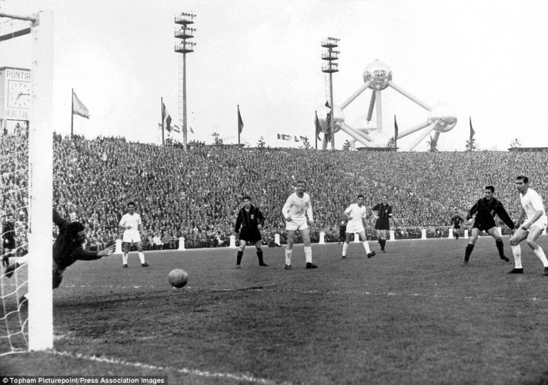 Реал Мадрид (Испания) - Милан (Италия) 3:2 д.в. 1:0. Нажмите, чтобы посмотреть истинный размер рисунка