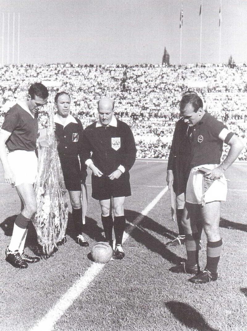 Рома (Италия) - Бирмингем Сити (Англия) 2:0. Нажмите, чтобы посмотреть истинный размер рисунка