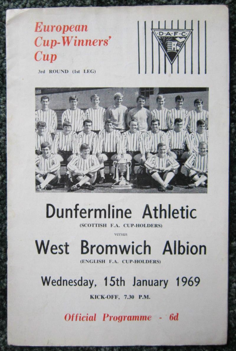 Данфермлин Атлетик (Шотландия) - Вест Бромвич Альбион (Англия) 0:0. Нажмите, чтобы посмотреть истинный размер рисунка