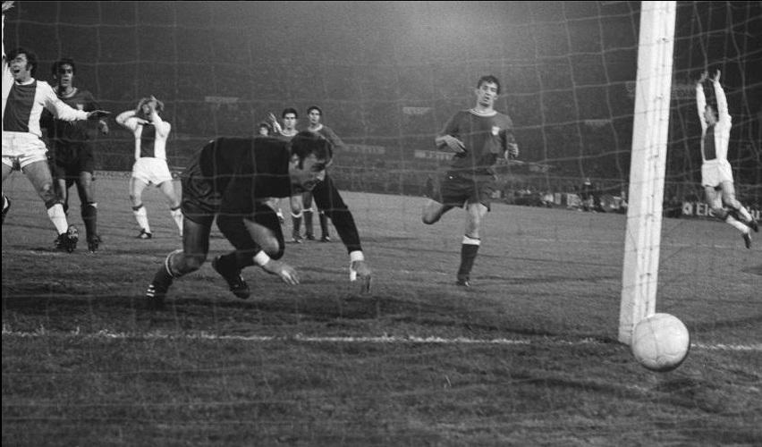 Аякс (Голландия) - Атлетико (Испания) 3:0