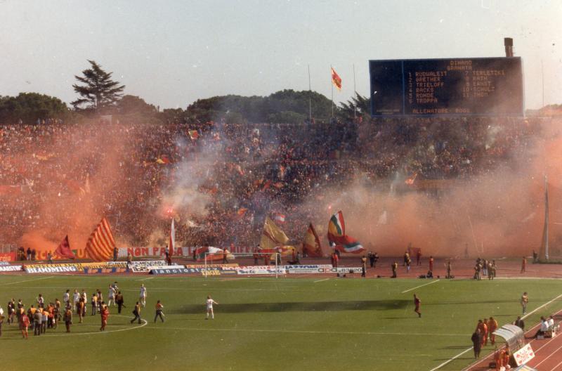 Рома (Италия) - Динамо Берлин (ГДР) 3:0. Нажмите, чтобы посмотреть истинный размер рисунка