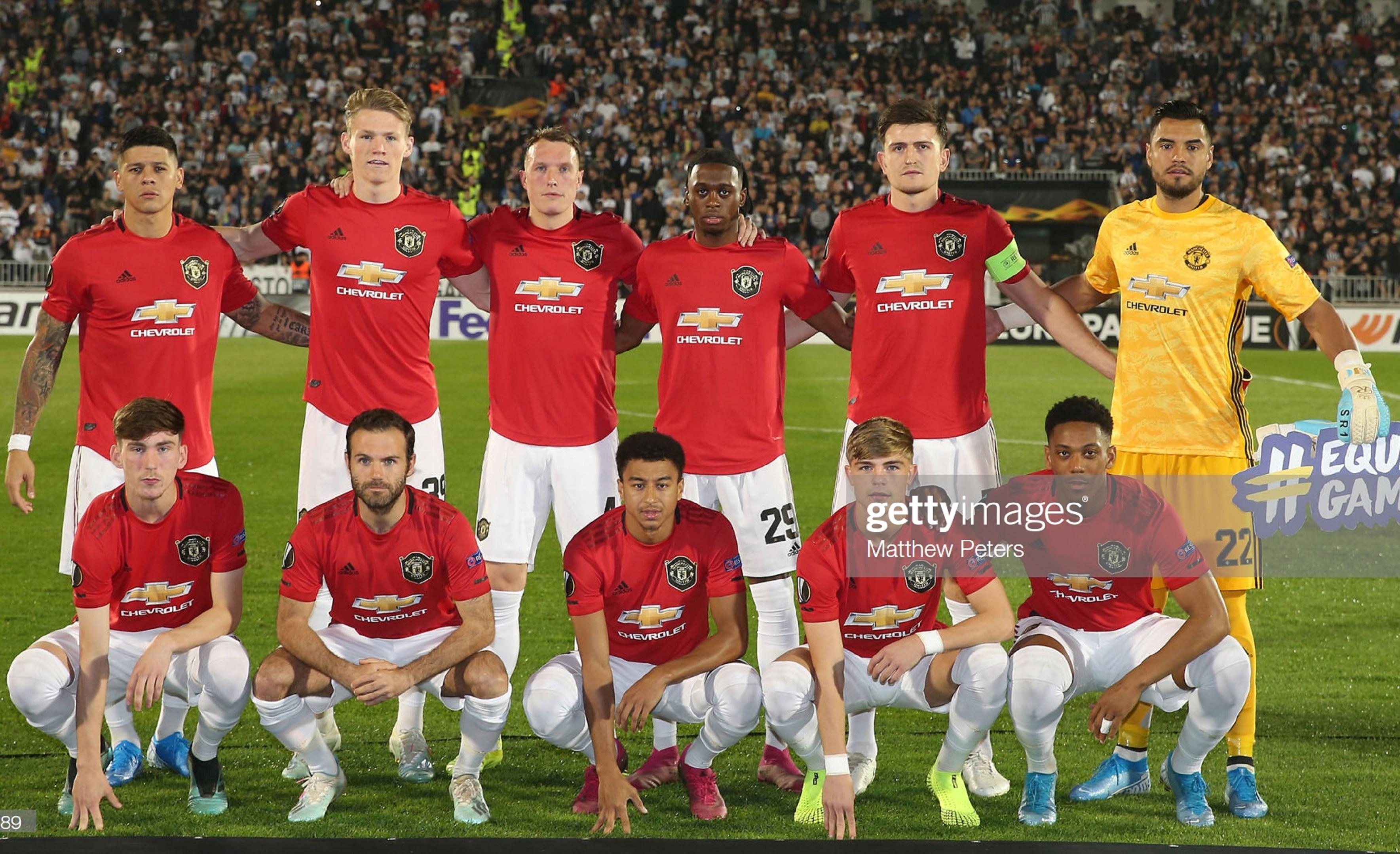 Партизан (Сербия) - Манчестер Юнайтед (Англия) 0:1. Нажмите, чтобы посмотреть истинный размер рисунка