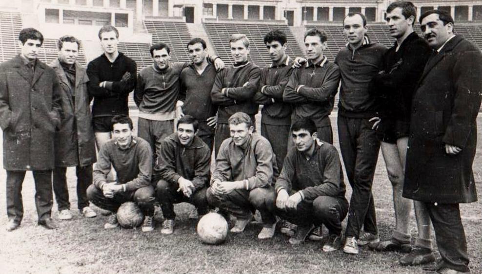 Нефтяник (Баку) - 1966